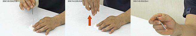 片手挿管は、鍼を見ないのがポイントです