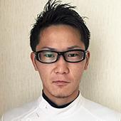 越川朋織先生